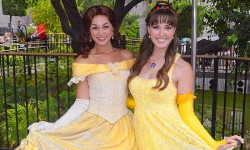 4. Belle-asu Halloweeniksi
