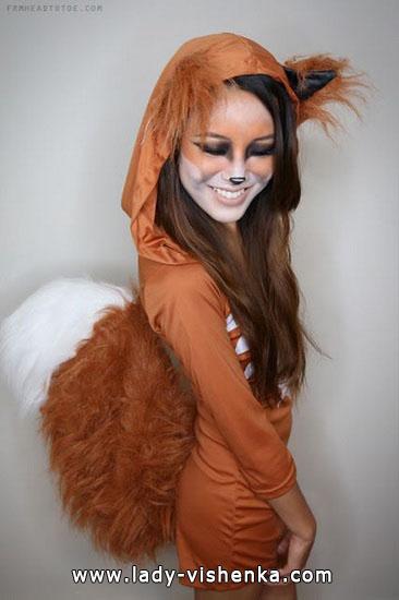 3. Halloweenin kissa-asu aikuinen