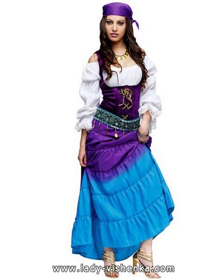 4. Esmeralda Halloween-asut aikuinen