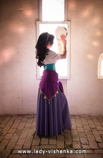 6. Esmeralda Halloween-asut aikuinen