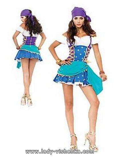7. Esmeralda Halloween-asut aikuinen