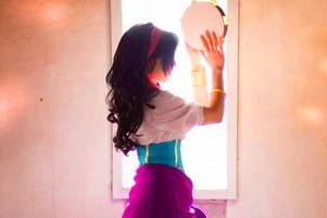 Esmeralda Halloween-asut aikuinen