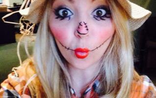 Naisten variksenpelätti-asu Halloweeniksi