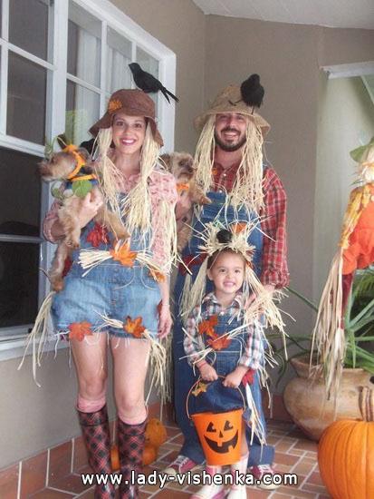 5. Naisten variksenpelätti-asu Halloweeniksi