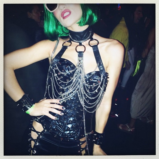 Mallit - Rosie Huntington Whiteley Halloween