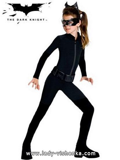 10. Halloween asut tytöille