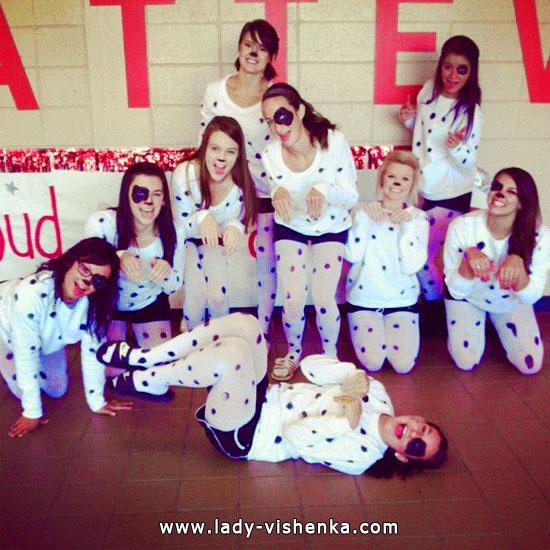 16. Halloween asut tytöille