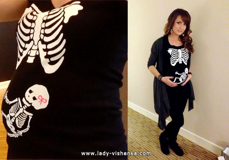 29. Naisen luuranko-asu Halloweeniksi