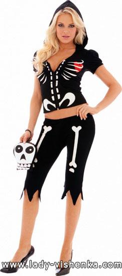 5. Naisen luuranko-asu Halloweeniksi