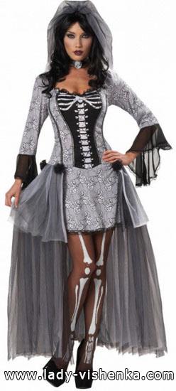6. Naisen luuranko-asu Halloweeniksi