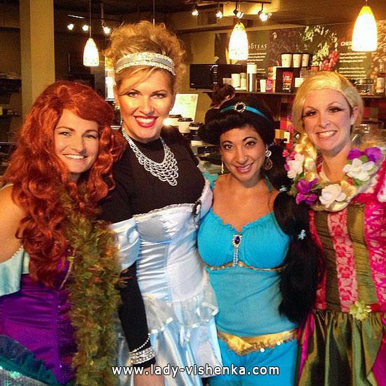 10. Disney-prinsessa Halloween-asut aikuinen