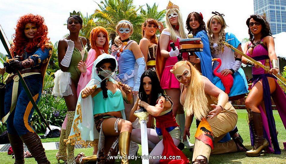 17. Disney-prinsessa Halloween-asut aikuinen