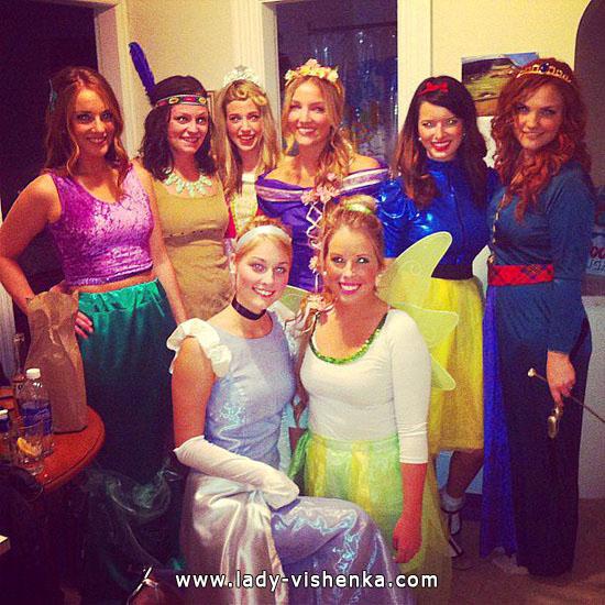 2. Disney-prinsessa Halloween-asut aikuinen