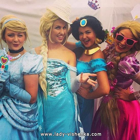 3. Disney-prinsessa Halloween-asut aikuinen