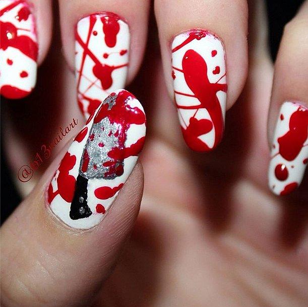 23. Halloween-manikyyri