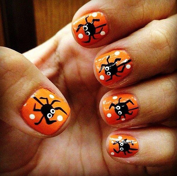 10. Halloween-manikyyri