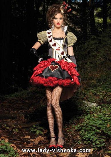 28. Herttakuningatar Halloween puku