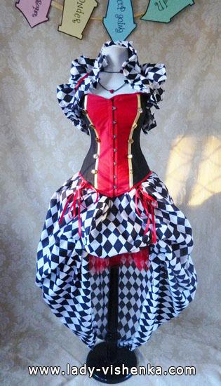 10. Herttakuningatar Halloween puku