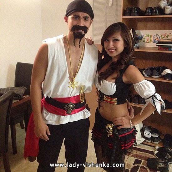 16. Parien seksikkäät Halloween-asut