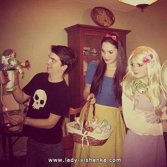 23. Lumikki-asuja Halloweeniksi