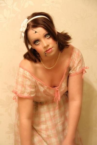 14. Pelottava Halloween-meikki