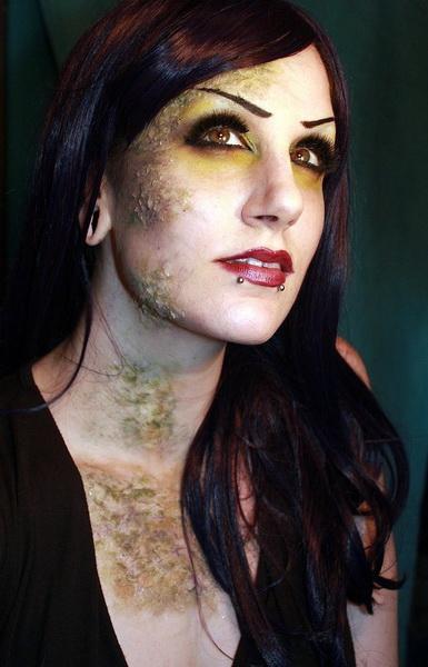 15. Pelottava Halloween-meikki