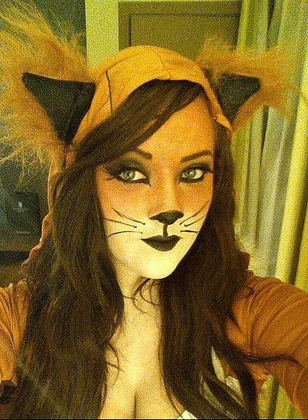 18. Pelottava Halloween-meikki