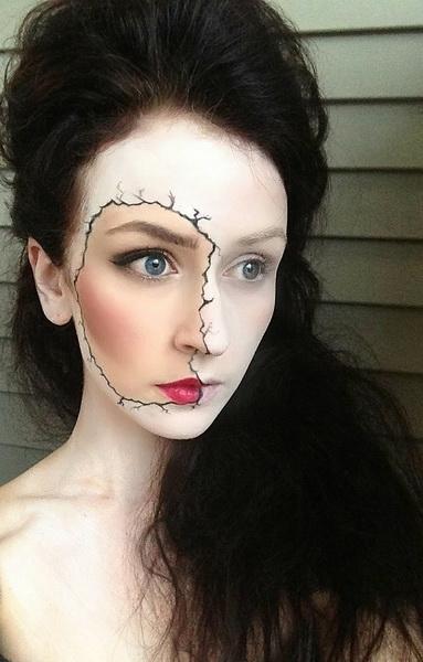 25. Pelottava Halloween-meikki