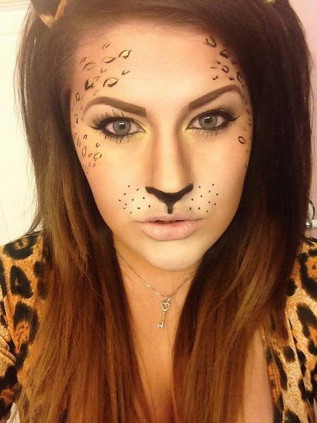 27. Pelottava Halloween-meikki