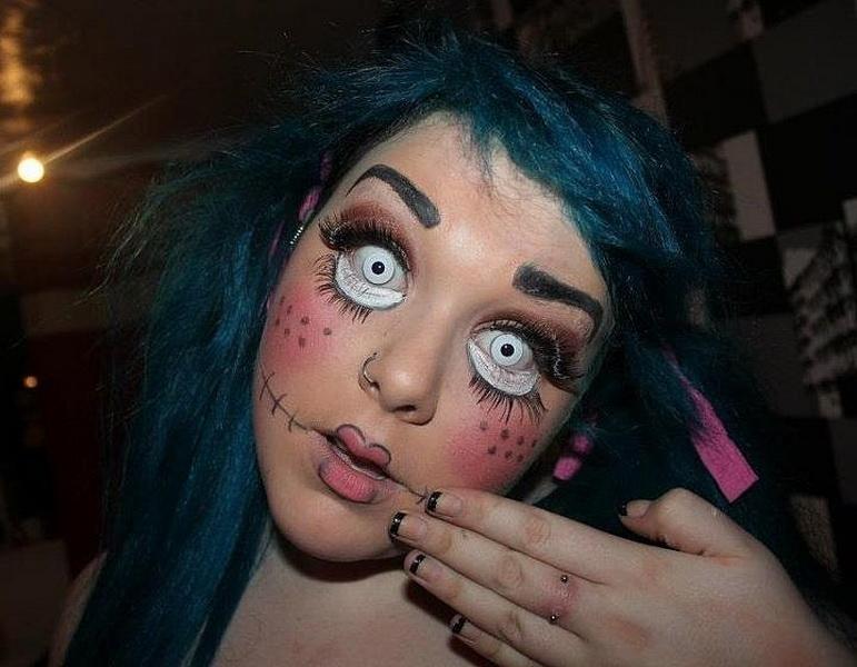 28. Pelottava Halloween-meikki