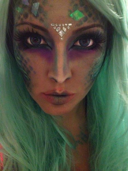 45. Pelottava Halloween-meikki
