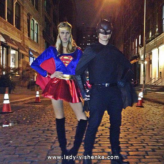 5. Halloweenin Super-tytö