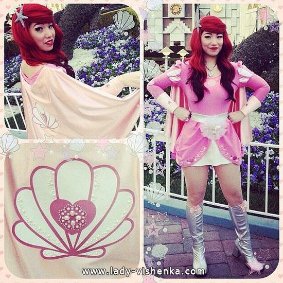 7. Halloweenin Super-tytö